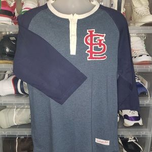 🌟EUC Mitchell & Ness St Louis Henley Shirt